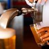 ¿Cómo se debe tirar una cerveza perfecta?