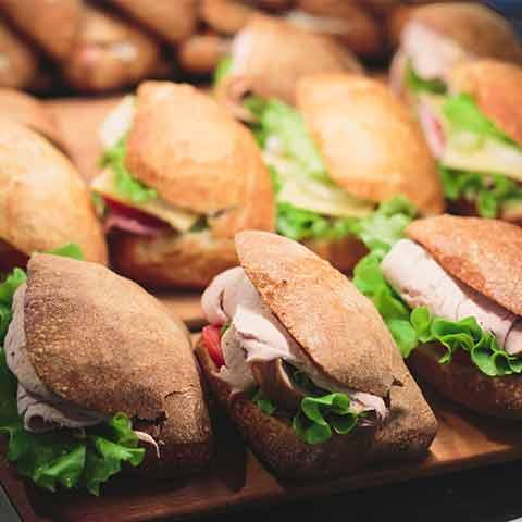 barra libre de comida en hosteleria